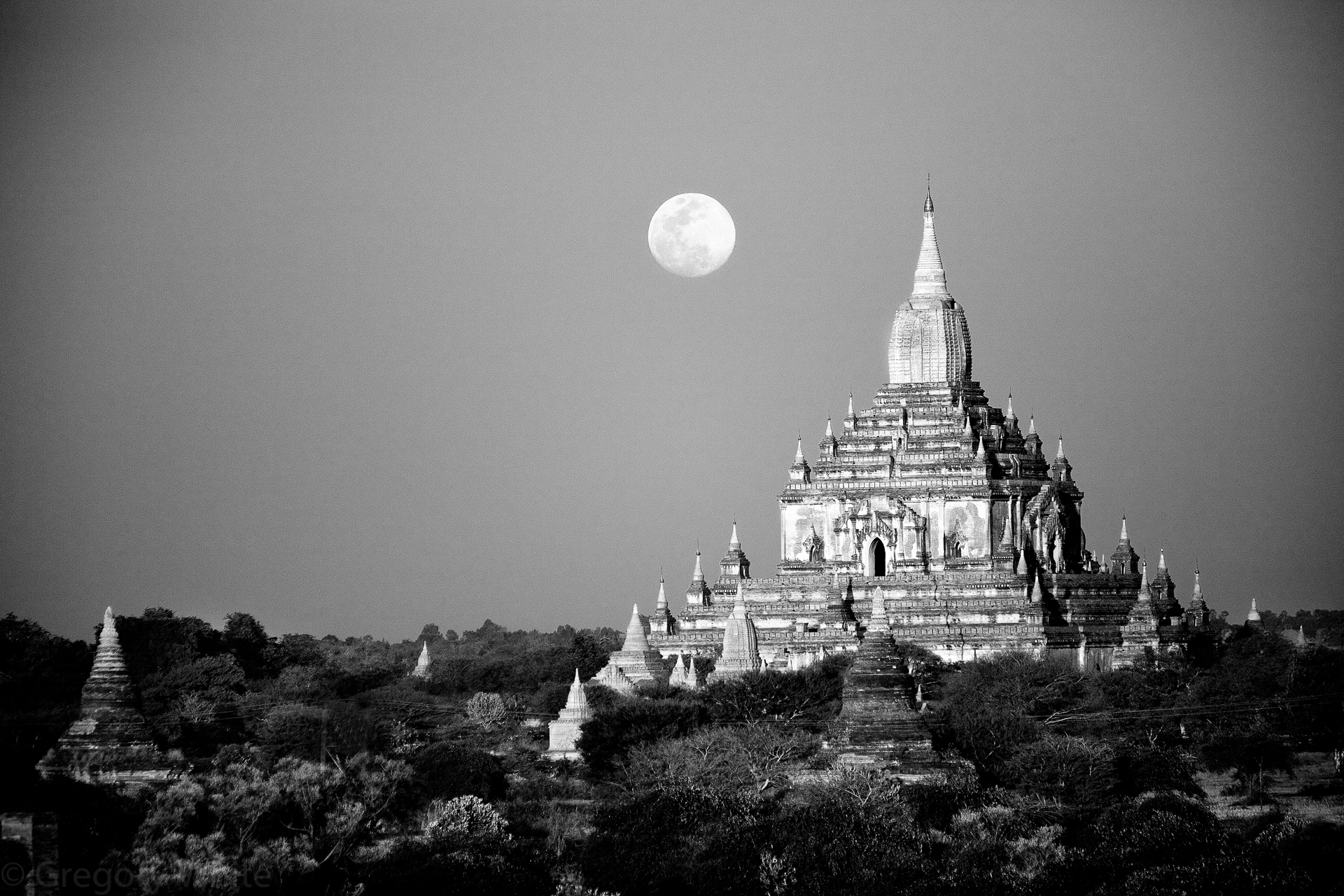 Moonrise over Bagan.