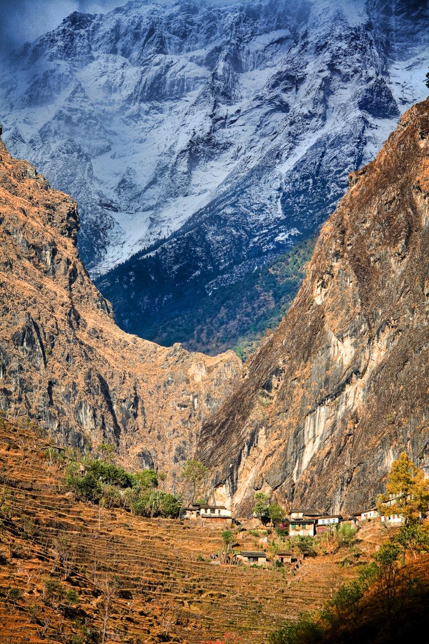 High mountain village, Annapurna circuit.
