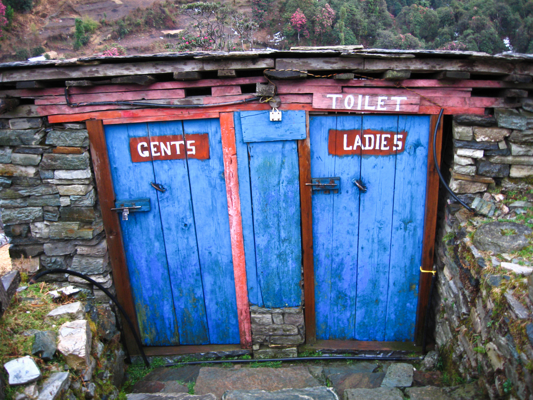 Toilets near Ghorepani.